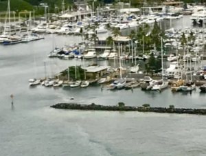 Hawaii Yacht Club 421p
